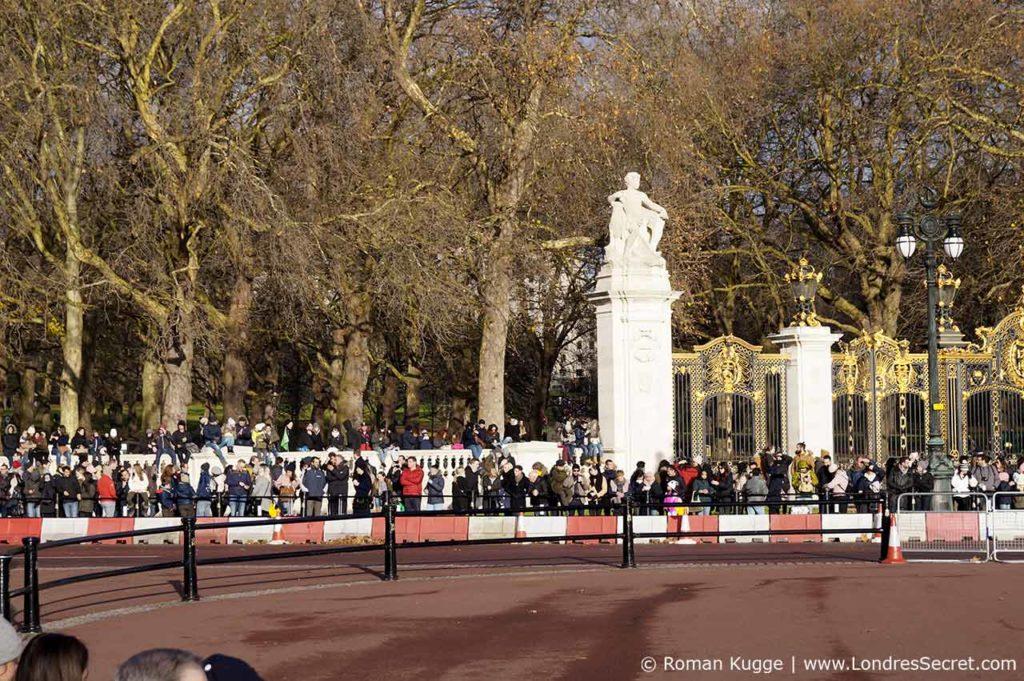 Releve de la garde Buckingham Palace Murs Hyde Park
