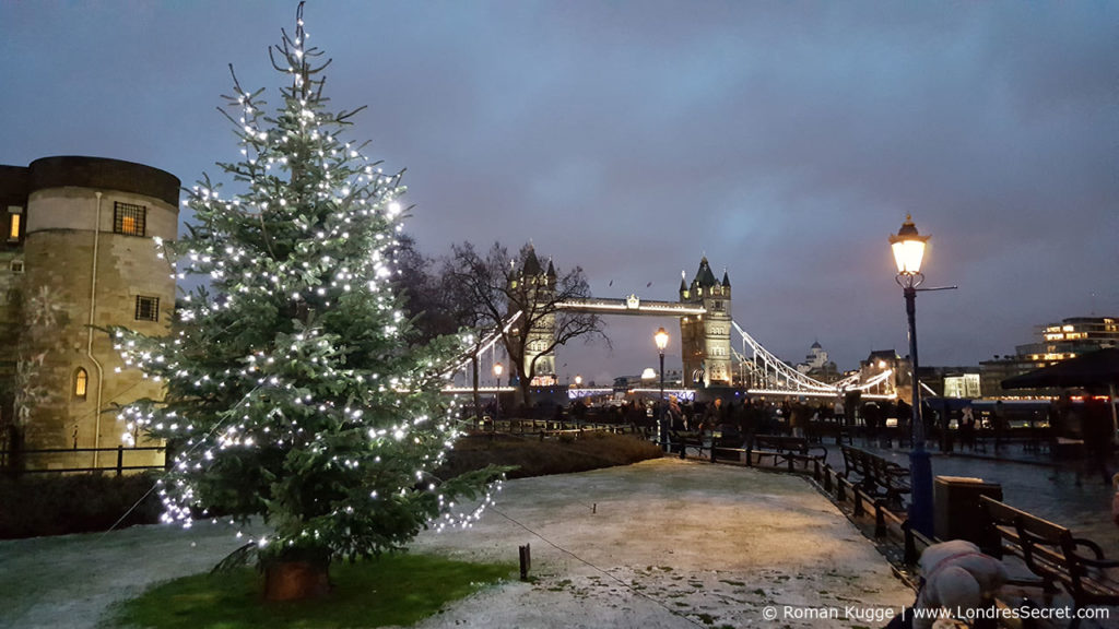 Christmas by the River Marche de Noel Londres