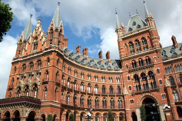 St Pancras Renaissance Hotel Londres Harry Potter