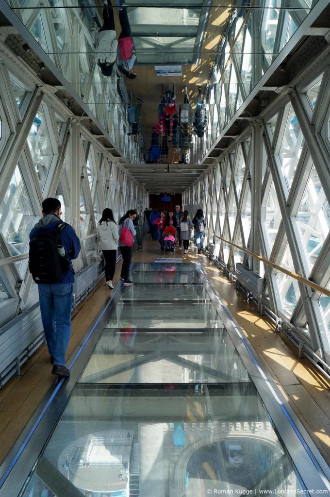 Tower Bridge Londres Plancher en verre